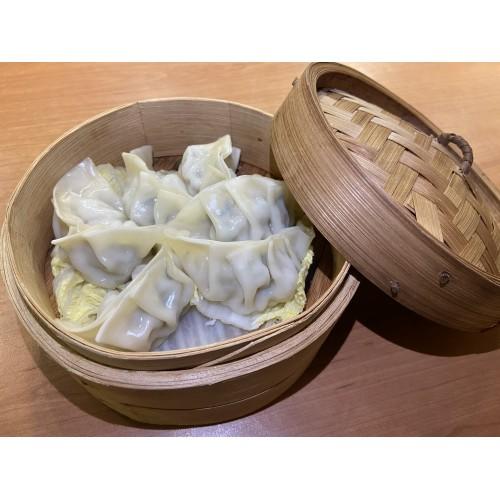 Gyouza: Empanadillas de cerdo con verduras al vapor (6 unidades)