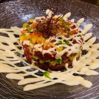 Tartar de Atún picante y Ensalada piperada